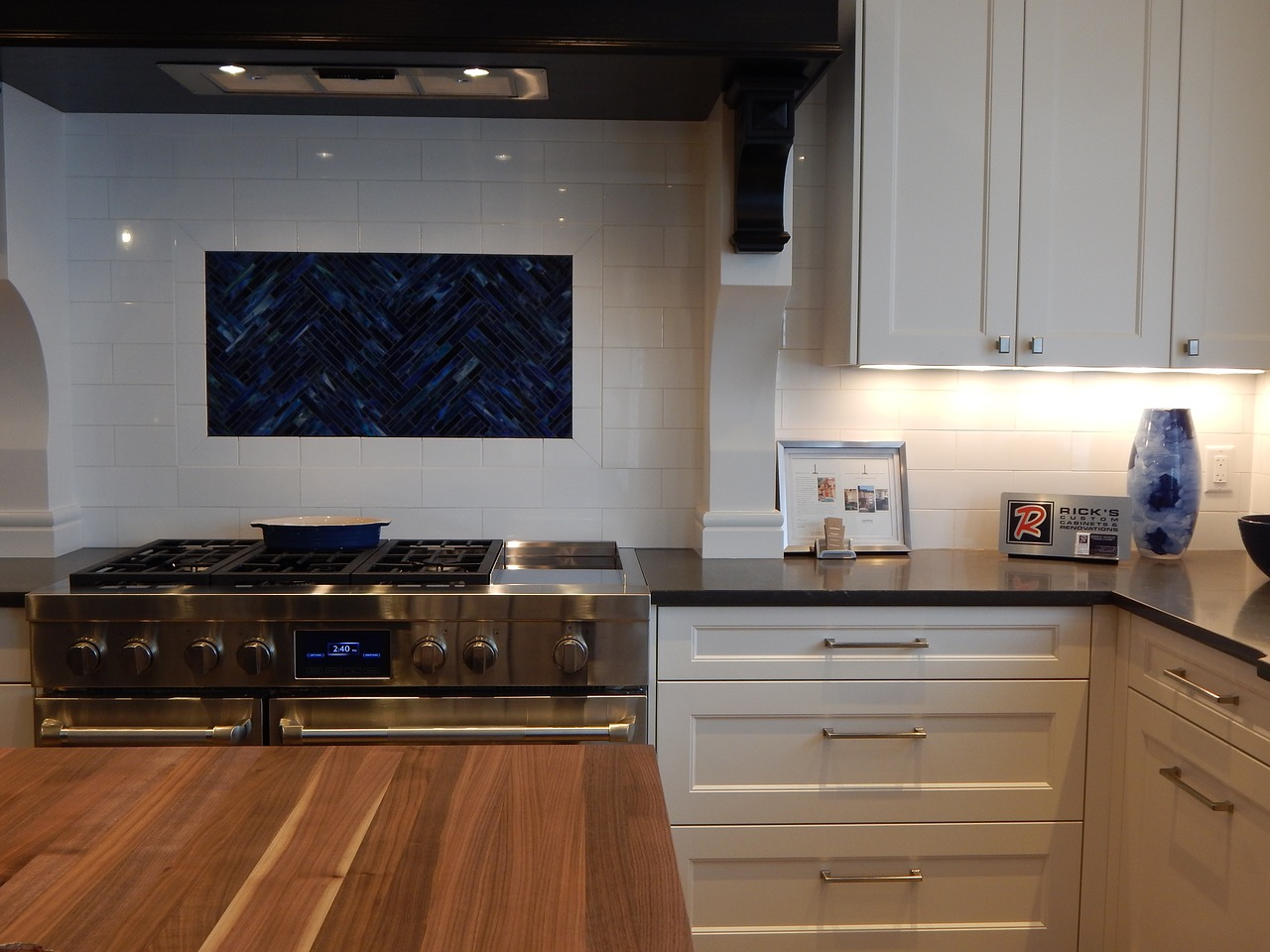 Do You Really Need To Paint Your Kitchen Cabinet??