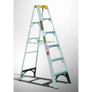 односторонняя ступенчатая лестница